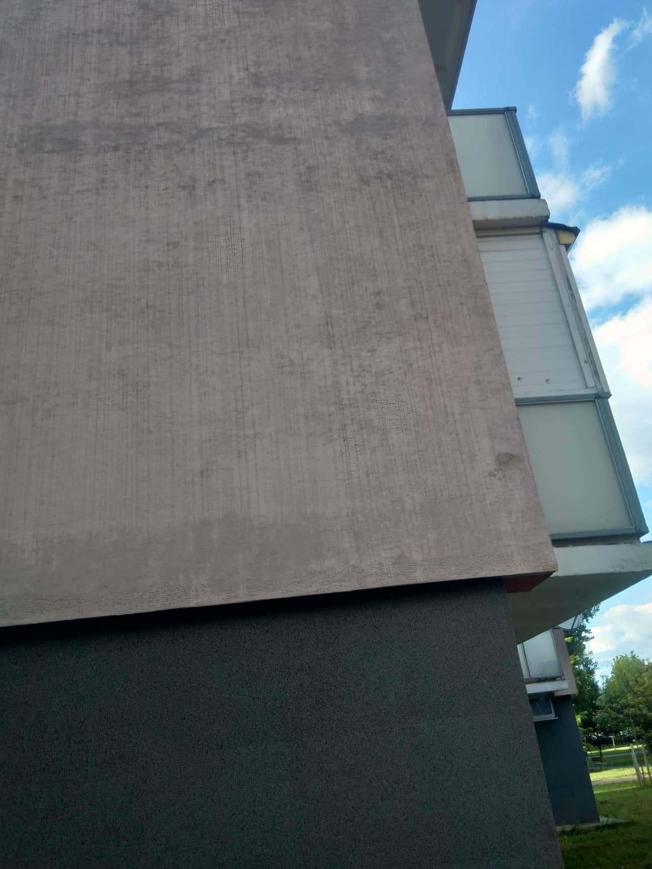 špinavá fasáda Nové Mesto